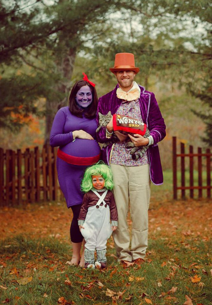 family-halloween-costumes